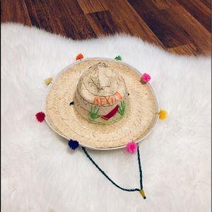 🦋2/$10 3/$15 4/$18 5/$20 Vintage Hat Decor